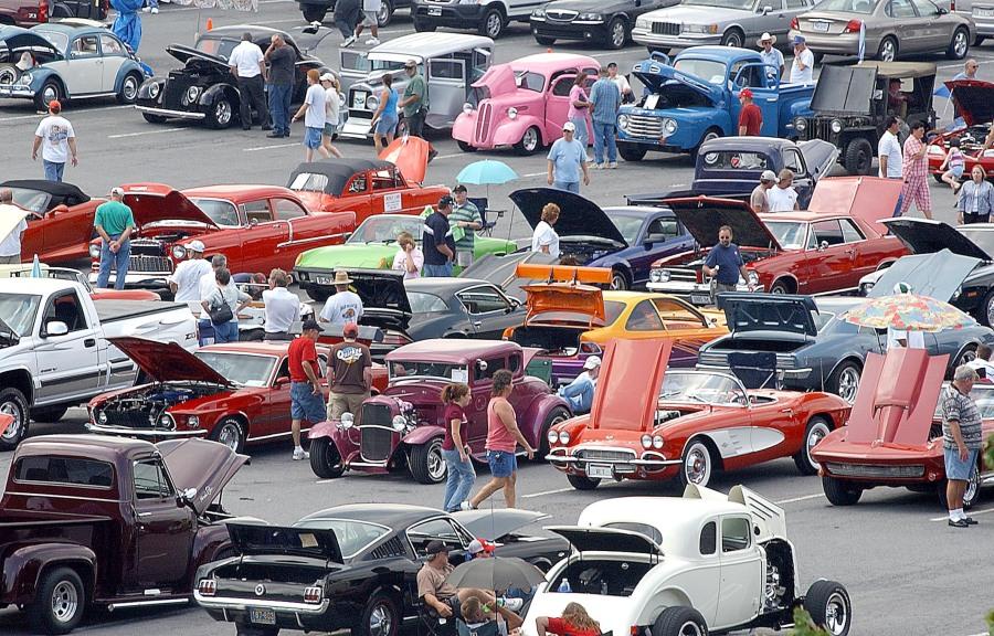 8 Car Show